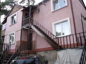 Снять квартиру в Ялте - Купить дом в в экологически чистом поселке Ялты, п. Советское